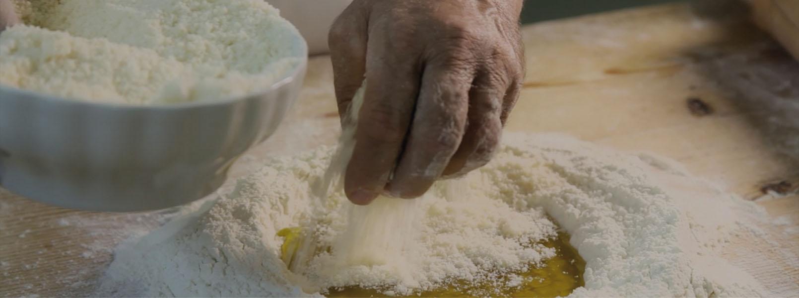 preparazione artigianale delle parmonìe